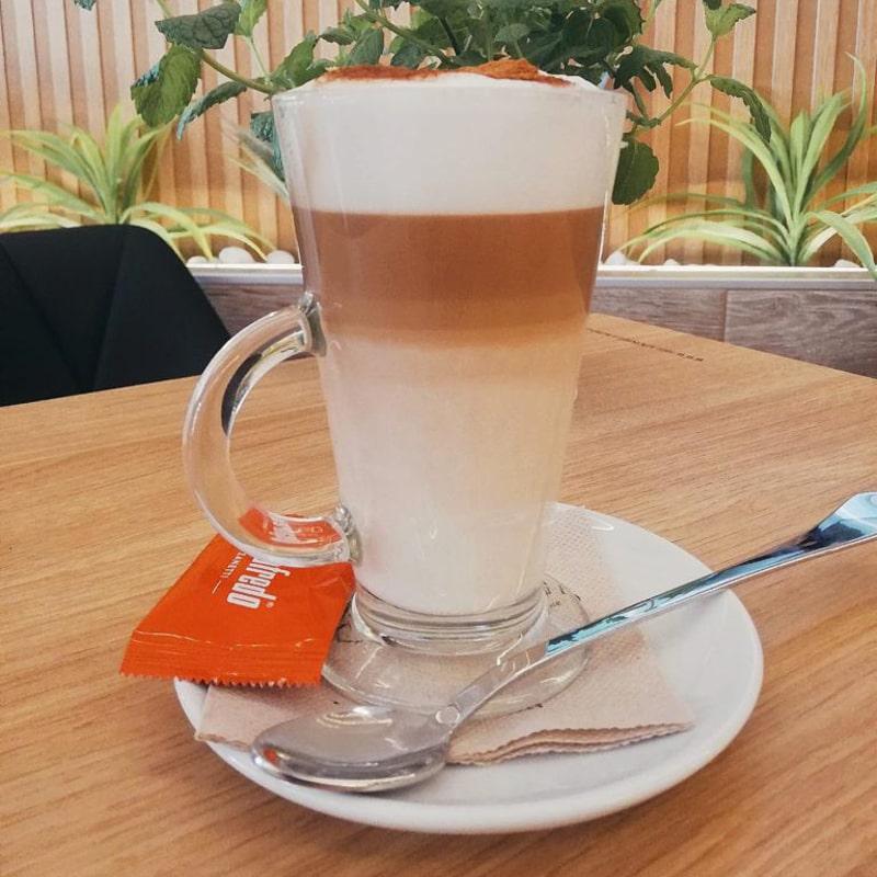 cafes-bellagio-01